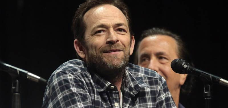 Luke Perry ha avuto un ictus