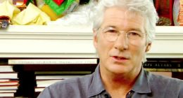 Richard Gere porta viveri ai migranti di Open Arms